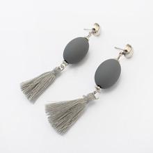 欧美时尚个性球球流苏耳环(灰色)