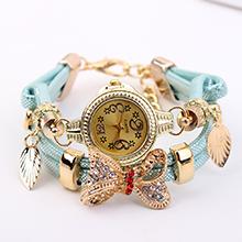 欧美时尚潮流镶钻蝴蝶结缠绕式手表(浅蓝)